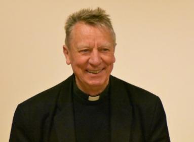 """Beer Miklós volt váci püspök sajnálkozva nehezményezi az egyre inkább tapasztalható """"LMBTQ-gondolkodás propagálását""""."""