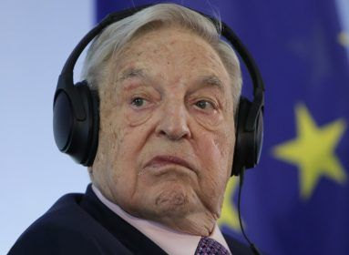 Jezsuita NGO-kat bélelt ki pénzzel Soros