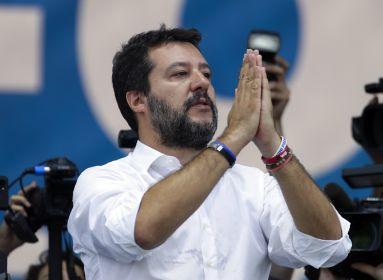 Salvini demokratikus és forradalmi ellenállásra szólította fel az olaszokat
