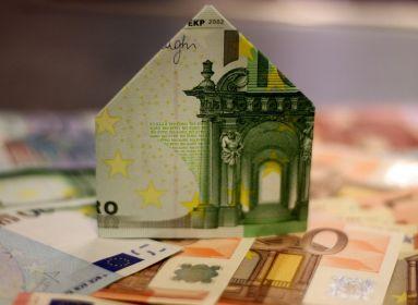 Ezért nincs még magyar euró!