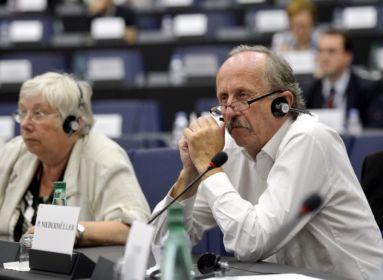 Petíció: lemondásra szólítják fel Niedermüller Pétert