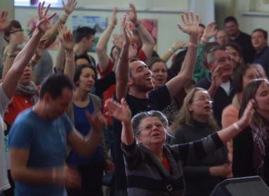 Istentisztelet – vagy még csak majdnem az