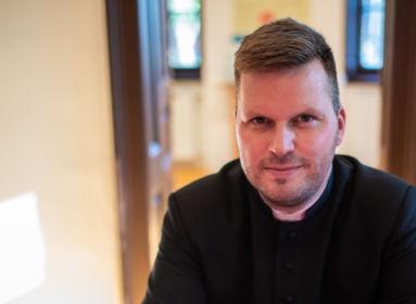 Bese Gergő atya: Mi, papok a gyászban is egymás családjai vagyunk