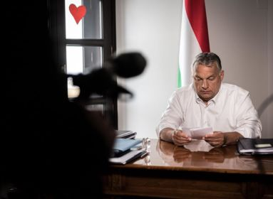 Orbán: köhögve és lázasan senki ne menjen emberek közé!