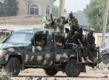 Brutális adatok: 107 embert megöltek, 66-ot elraboltak, 111 házat felgyújtottak Nigériában