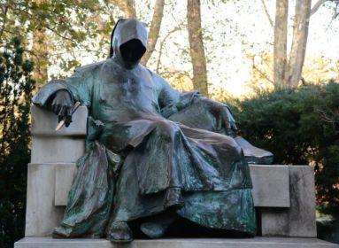 A hun-magyar kapcsolat ellen és mellett is nehéz érvelni