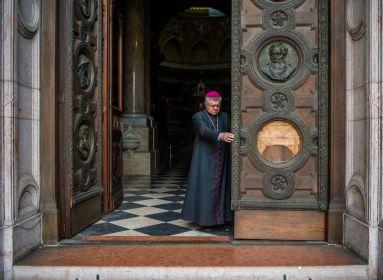 Koronavírusban elhunyt Snell György esztergom-budapesti segédpüspök