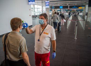 Negyvenhárom új koronavírus-fertőzöttet találtak