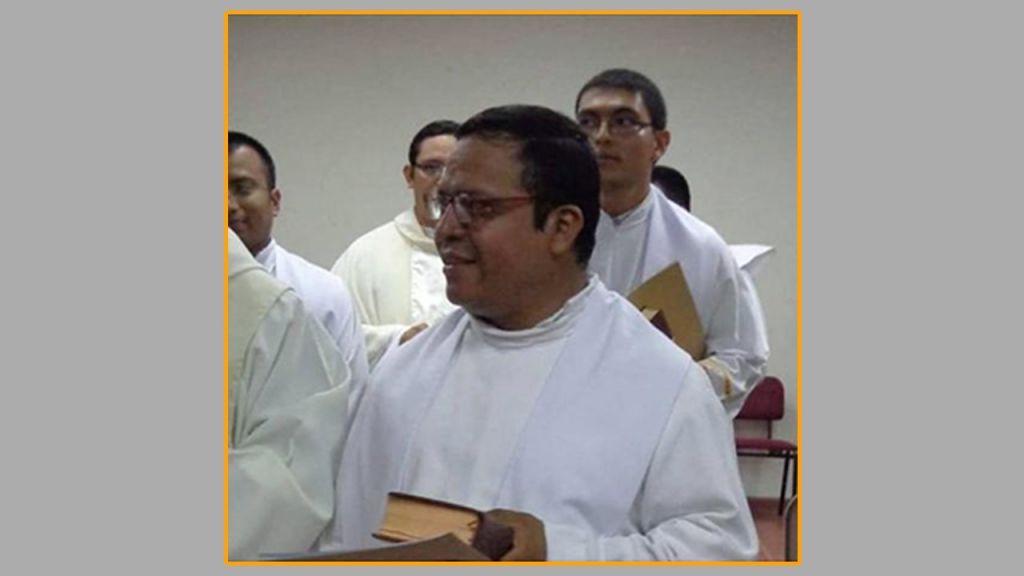 P. Ricardo Cortez atya