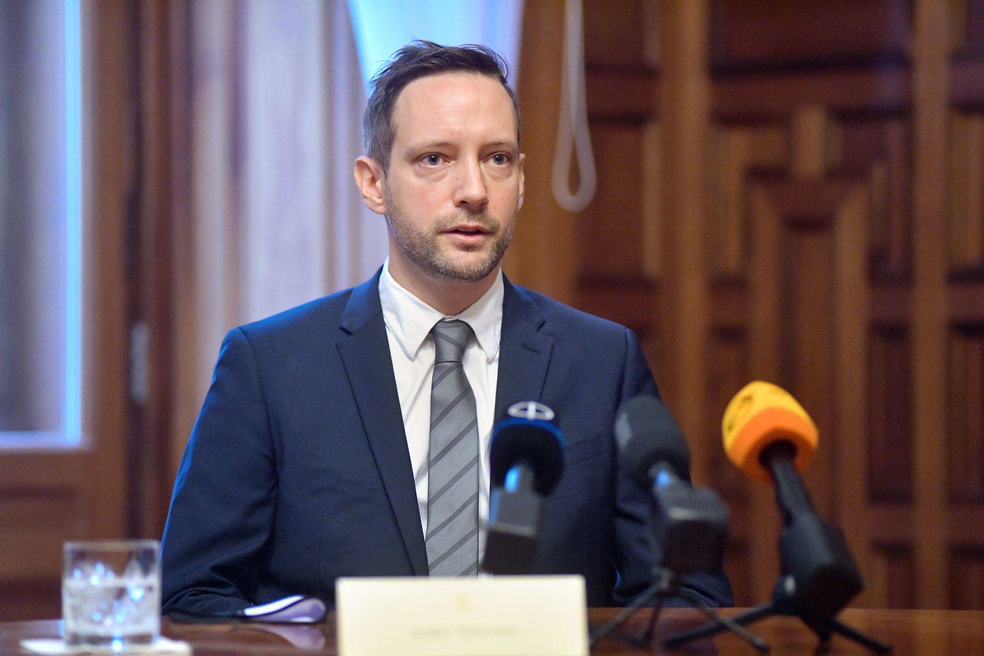 Azbej Tristan: Magyarországon a zsidó-keresztény értékeken alapul a kormányzás – vasarnap.hu