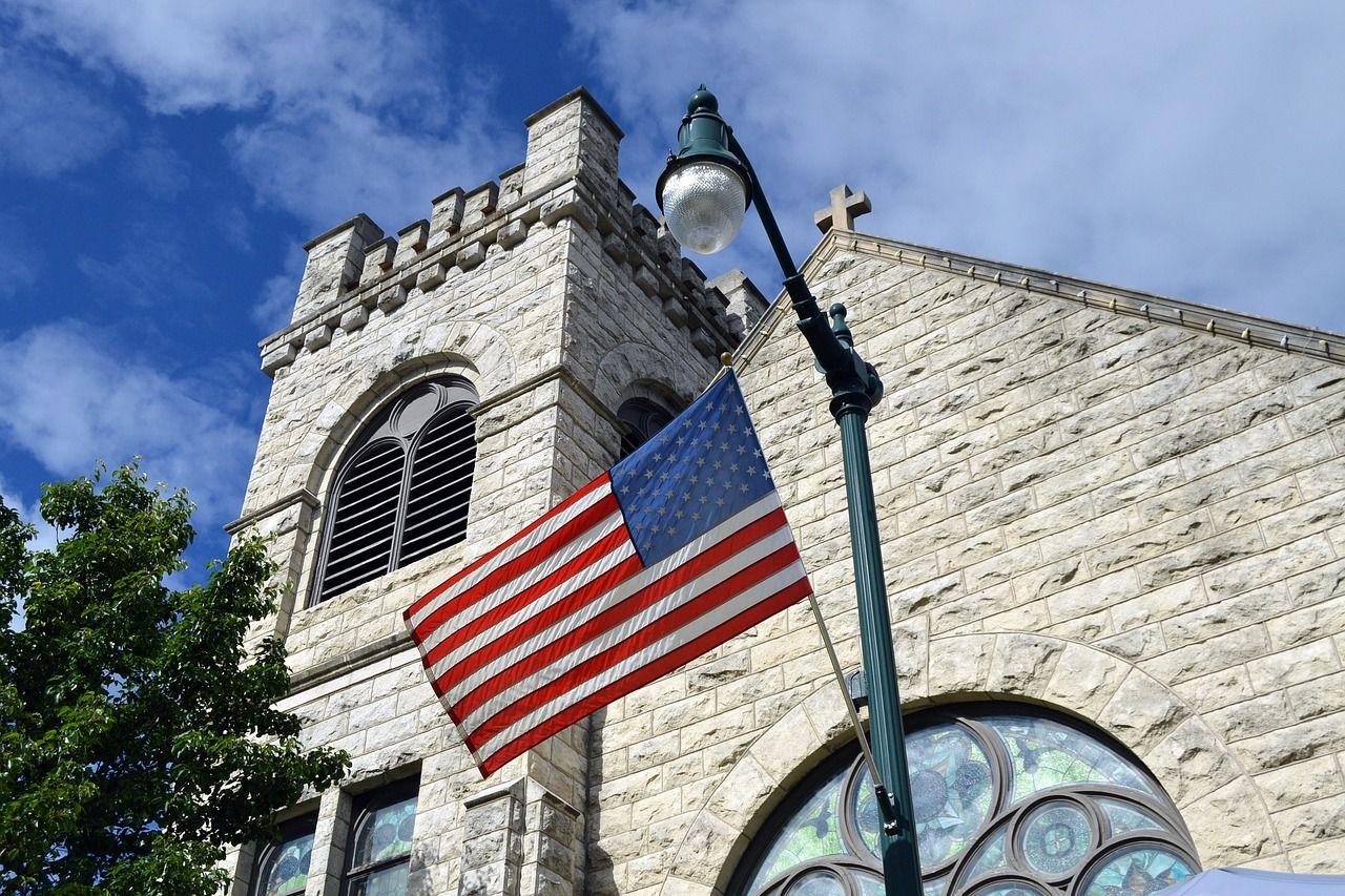 Amerikai keresztények kérik: kezeljék a templomokat is úgy, mint az üzleteket!