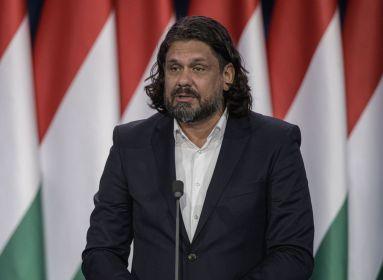Egészpályás letámadás a magyar kormány ellen