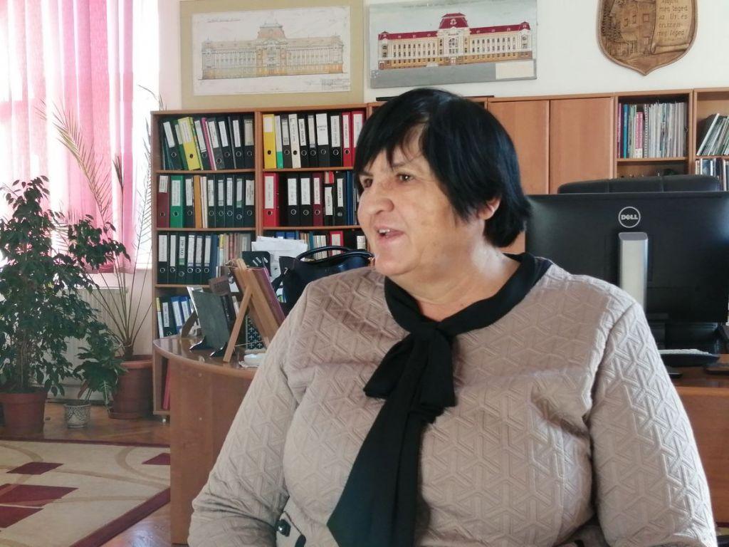 Orosz Ildikó rektor