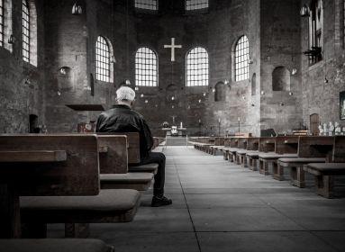 Koronavírus: az Esztergom-Budapesti Főegyházmegyében nem lesznek nyilvános szentmisék