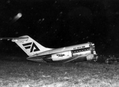 Az 1992-ben Granadában leszállás közben kettétört Douglas DC-9-32-es gép törzse