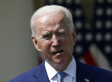 Bidennek nem engedélyezte a Vatikán a szentmisén való részvételt