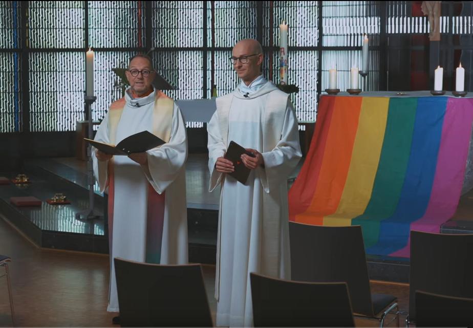 A németországi katolikus progresszió megáldja a homoszexuális párokat.