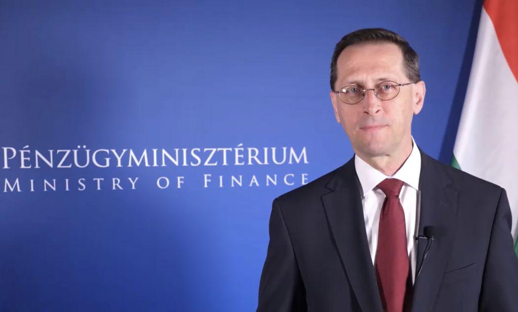 Varga Mihály pénzügyminiszter