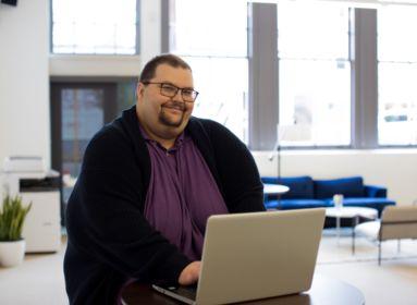 kövér ember