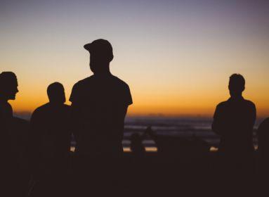 banda csoport migráns