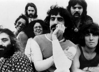 Frank Zappa 1991. június 30-án a Tabánban, a Budapesti Búcsún, a szovjet csapatok magyarországi kivonulása alkalmából szervezett rendezvényen adta utolsó koncertjét.