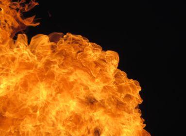 robbanás tűz