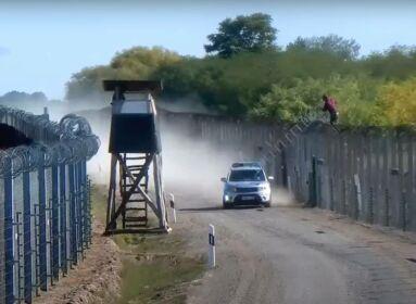 Tiltott határátlépés Ásotthalom közelében. (Forrás: Magyar határ PoliceHungary - A Magyar Rendőrség hivatalos videócsatornája)