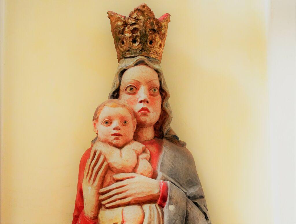 Jesszumária: Jézus édesanyja, minden keresztény édesanyja